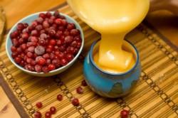 Калина и мед от кашля