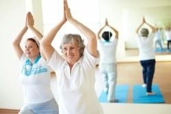 Упражнение дыхательной гимнастики - потягивания